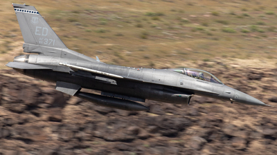 86-0371 - General Dynamics F-16C Fighting Falcon - United States - US Air Force (USAF)