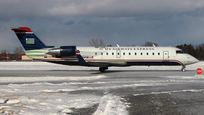 N445AW - Bombardier CRJ-200ER - US Airways Express (Air Wisconsin)