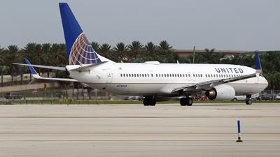 N75429 - Boeing 737-924ER - United Airlines