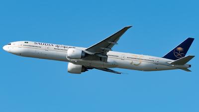 A picture of HZAK25 - Boeing 777367(ER) - Saudia - © Matei Dascalu - RomeAviationSpotters