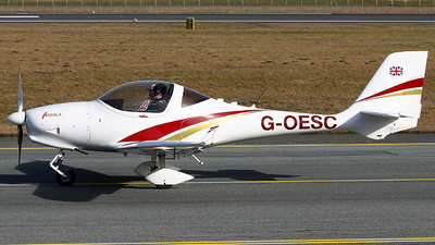 G-OESC - Aquila A210 - Private