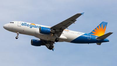A picture of N216NV - Airbus A320214 - Allegiant Air - ©  Sebastian Colaizzi