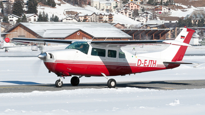 D-EJTH - Cessna T210J Turbo Centurion - Private
