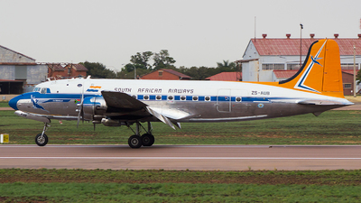 ZS-AUB - Douglas DC-4 - South African Airways Historic Flight