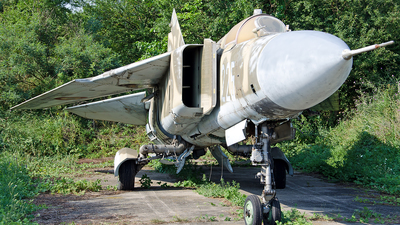 225 - Mikoyan-Gurevich MiG-23MF Flogger B - Romania - Air Force