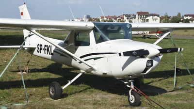 SP-FKL - Cessna 150M - Private