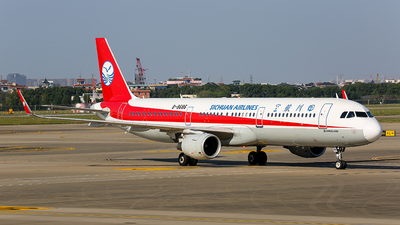 A picture of B8686 - Airbus A321211 - Sichuan Airlines - © TMC_LOU8