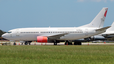 N390US - Boeing 737-3B7 - Untitled