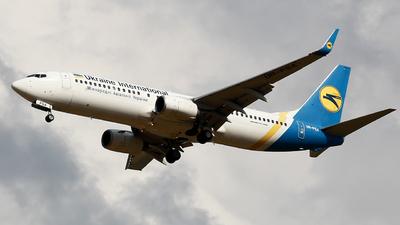 UR-PSA - Boeing 737-8HX - Ukraine International Airlines