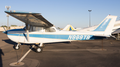 A picture of N888TB - Cessna 172K Skyhawk - [17257895] - © Anthony Cistolo