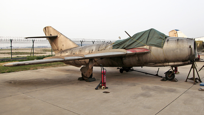 31585 - Shenyang J-5 - China - Air Force