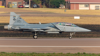 3905 - Saab JAS-39D Gripen - South Africa - Air Force