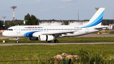 VQ-BWZ - Airbus A320-232 - Yamal Airlines