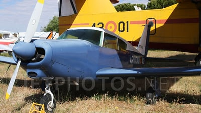 E.30-2 - Piper PA-24-260 Comanche - Spain - Navy