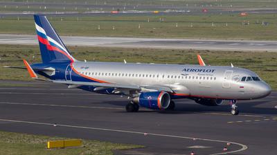 VP-BIF - Airbus A320-214 - Aeroflot