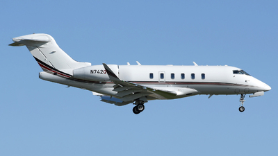 A picture of N742QS - Bombardier Challenger 350 - NetJets - © DJ Reed - OPShots Photo Team
