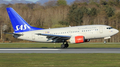 A picture of SEDNX - Boeing 737683 - [28304] - © Witold Ozimek