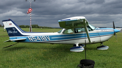A picture of N5418V - Cessna R172K Hawk XP - [R1722296] - © Daniel Schwinn