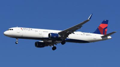 N394DX - Airbus A321-211 - Delta Air Lines