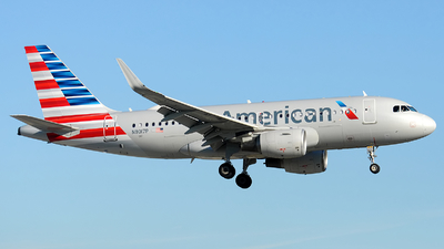 A picture of N9017P - Airbus A319115 - American Airlines - © Alexander Portas