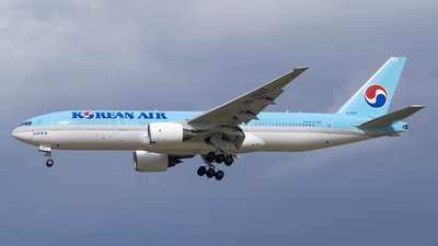 A picture of HL7531 - Boeing 7772B5(ER) - Korean Air - © DesertWolf