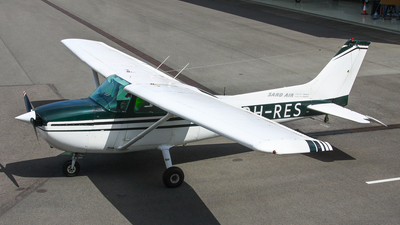 A picture of PHRES - Cessna F172N Skyhawk - [01597] - © BaszB