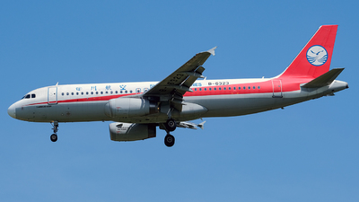 A picture of B6323 - Airbus A320232 - Sichuan Airlines - © Predic. LXY!