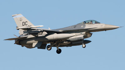 86-0332 - General Dynamics F-16C Fighting Falcon - United States - US Air Force (USAF)