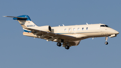 N686CB - Bombardier BD-100-1A10 Challenger 350 - Private