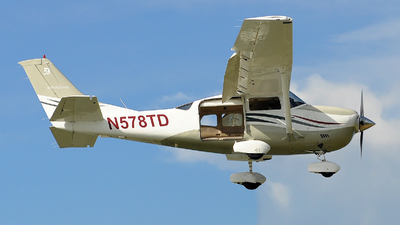N578TD - Cessna 206H Stationair - Private