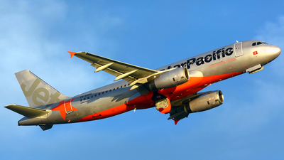 VN-A562 - Airbus A320-232 - Jetstar Pacific Airlines