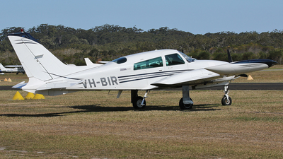 VH-BIR - Cessna 310R - Private