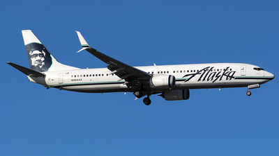 A picture of N464AS - Boeing 737990(ER) - Alaska Airlines - © Huy Do