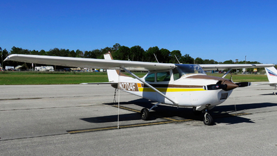A picture of N2704F - Cessna 182J Skylane - [18256804] - © Orlando Suarez
