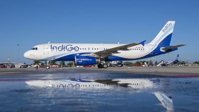 VT-IEF - Airbus A320-232 - IndiGo Airlines