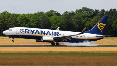 A picture of 9HQEK - Boeing 7378AS - Ryanair - © C. v. Grinsven
