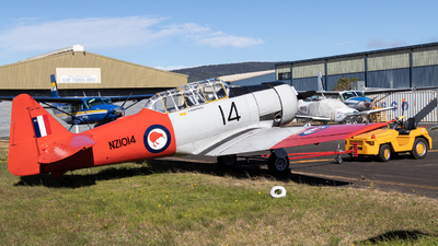 VH-TOA - North American AT-6D Harvard III - Private