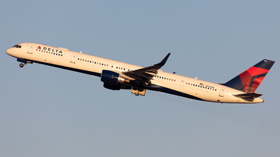 N593NW - Boeing 757-351 - Delta Air Lines