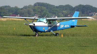 A picture of SPWTH - Cessna R172K Hawk XP - [R1722799] - © Piotrek Kowal