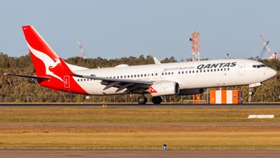 VH-VZY - Boeing 737-838 - Qantas
