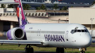 A picture of N478HA - Boeing 71722A - Hawaiian Airlines - © Radek Oneksiak