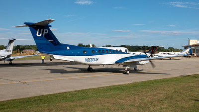 A picture of N830UP - Beech B300 Super King Air 350 - Gama Aviation - © Yan777