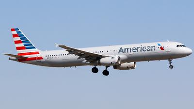 N519UW - Airbus A321-231 - American Airlines