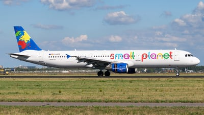 D-ASPD - Airbus A321-211 - Small Planet Airlines Germany