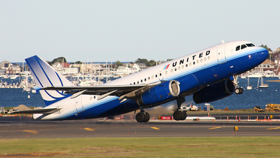 N808UA - Airbus A319-131 - United Airlines
