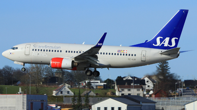 A picture of SERJR - Boeing 73776N - [33420] - © Witold Ozimek