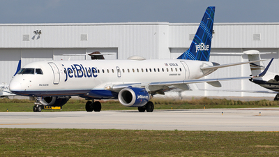 A picture of N258JB - Embraer E190AR - JetBlue Airways - © Brian T Richards