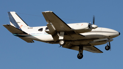 A picture of VHHJH - Piper PA31350 - [317752127] - © Gavan Louis