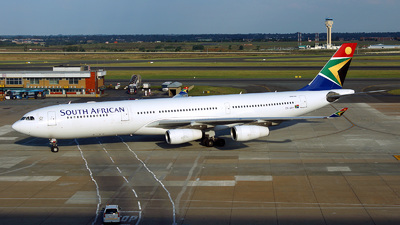 ZS-SXF - Airbus A340-313E - South African Airways