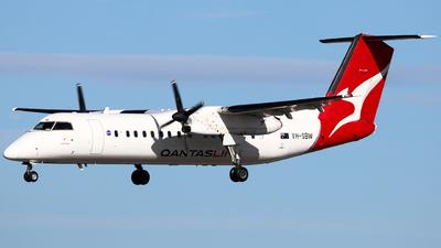 A picture of VHSBW - De Havilland Canada Dash 8300 - Qantas - © Robbie Mathieson